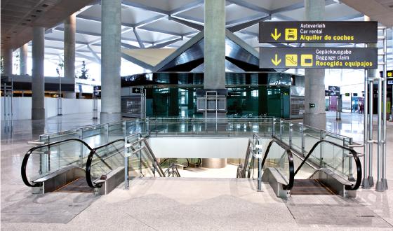 Puesta en explotaci n de la ampliaci n del aeropuerto de for Oficina trafico malaga